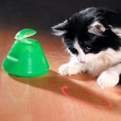 multipet-ba-da-beam-rotating-laser-cat-toy-3