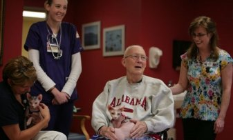 USA Today-Patients with Jak and Emme