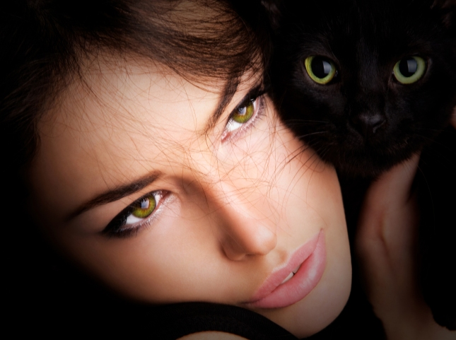 sweet_love_cats_eyes_girl_face_woman_black_hd-wallpaper-1335403