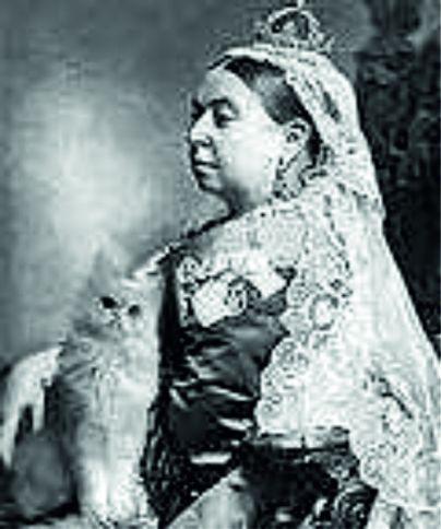 королева с кошкой